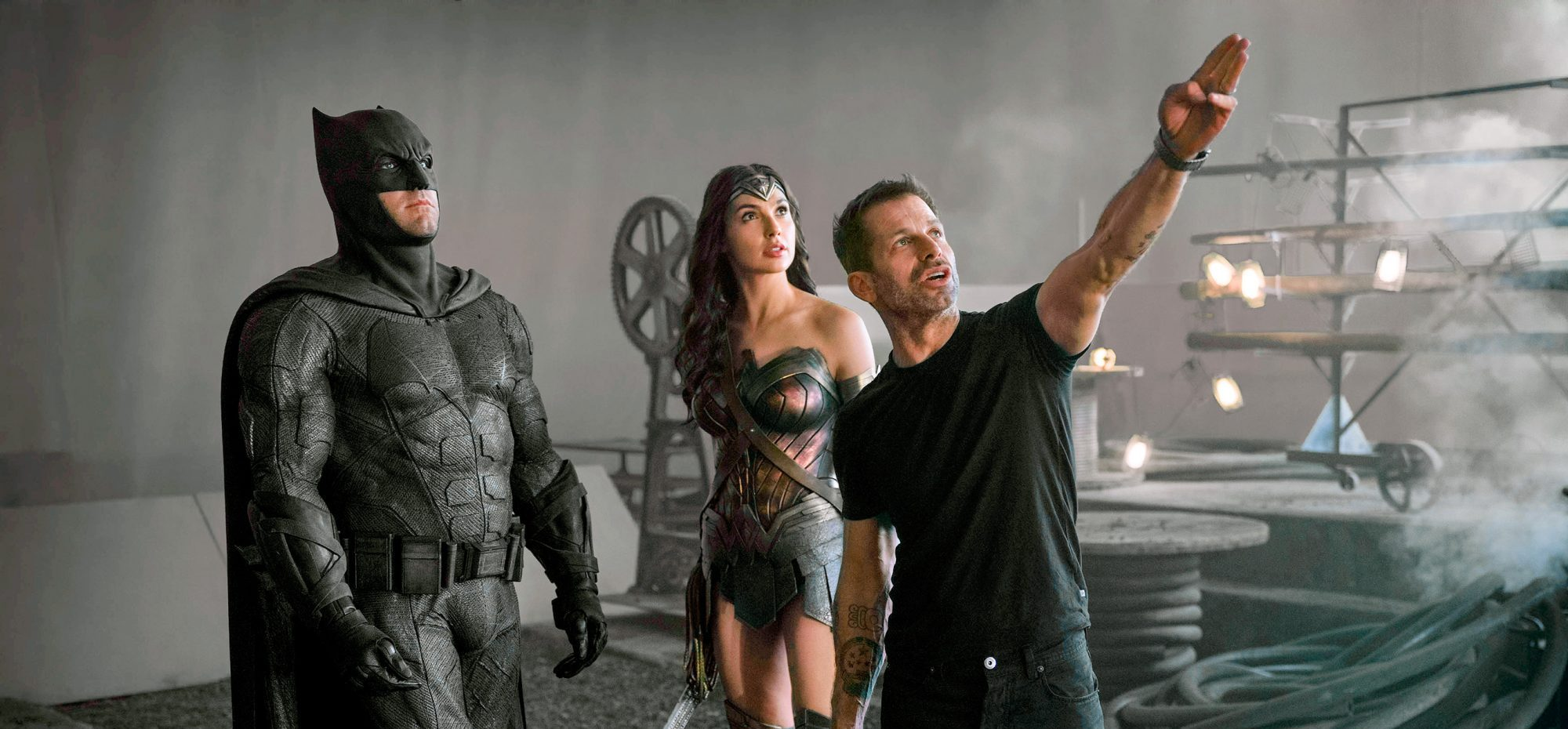 Review of the movie Zack Snyder's Justice League blockbuster DC house
